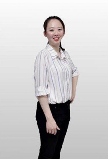 劉瓊儀 法務助理